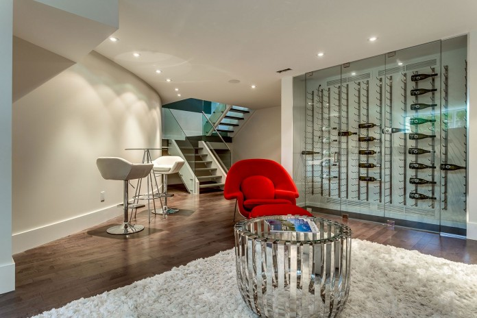 166 The Kingsway Residence in Toronto-23