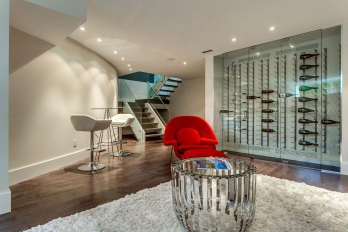 166 The Kingsway Residence in Toronto-23