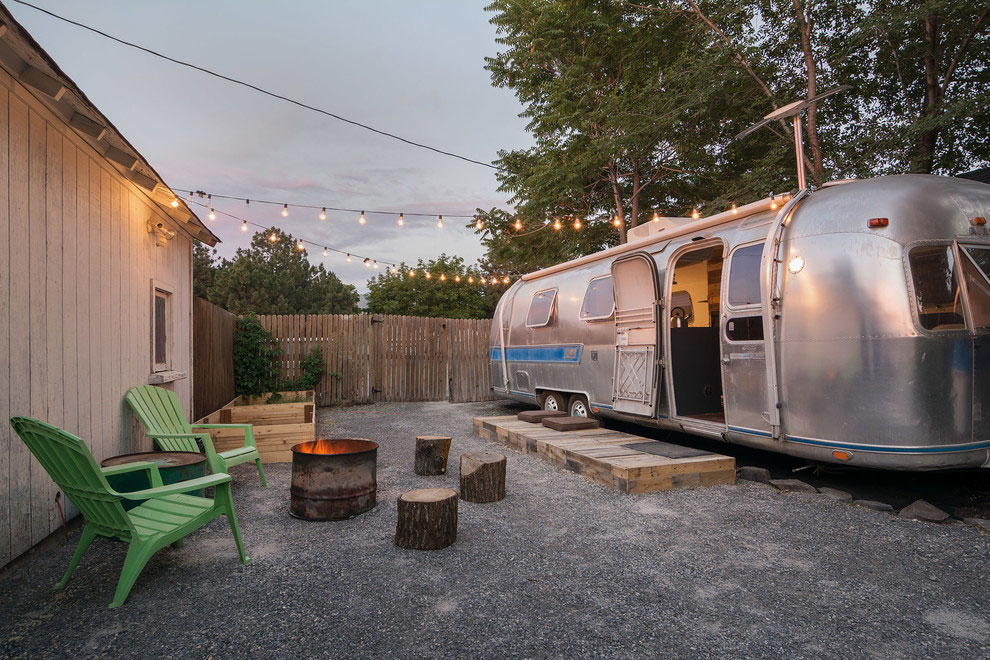 1976 Airstream-A-Portable-Home-Renovation-01