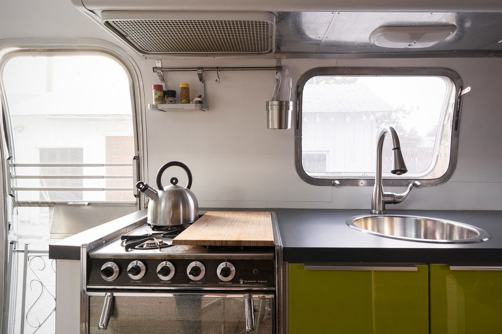 1976 Airstream-A-Portable-Home-Renovation-07