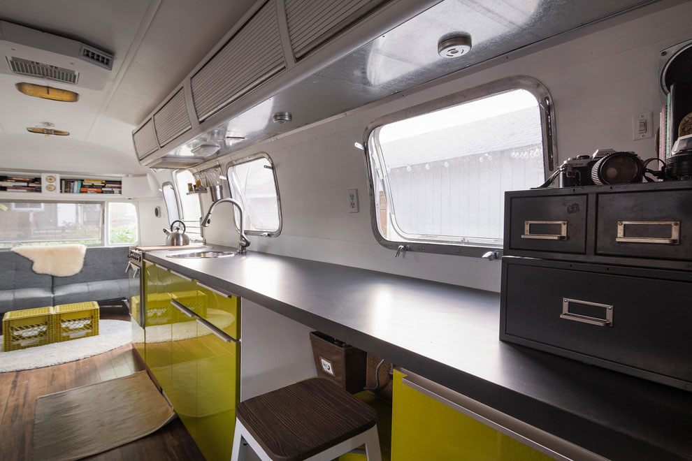 1976 Airstream-A-Portable-Home-Renovation-08