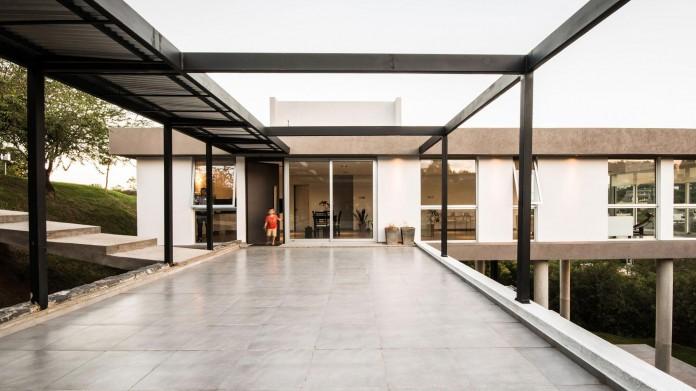367-house-by-mateo-ponce-de-leon-12