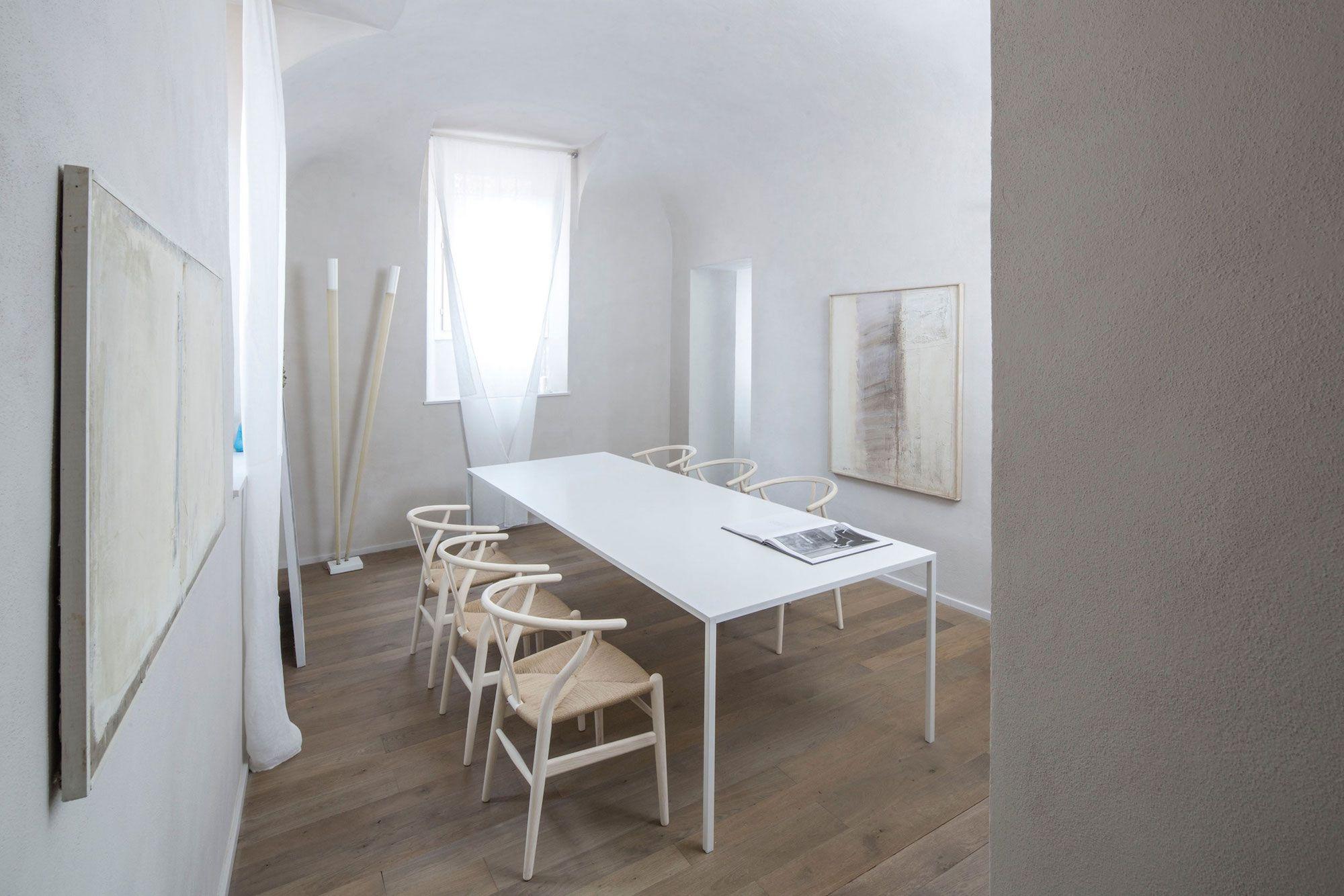 Apartment-in-Piacenza-06