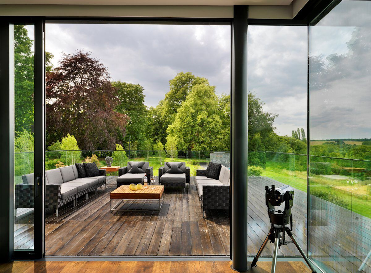 Modern berkshire home near river thames by gregory - Architectural designers near me ...