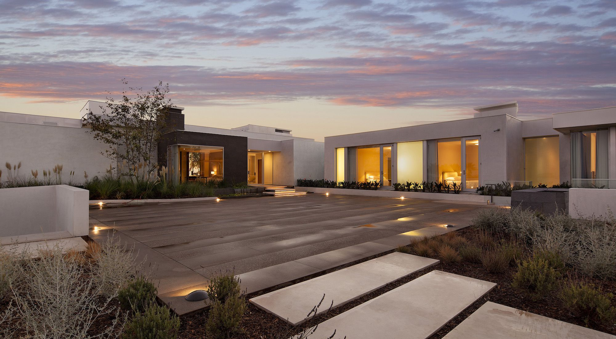 Beverly-Hills-House-02