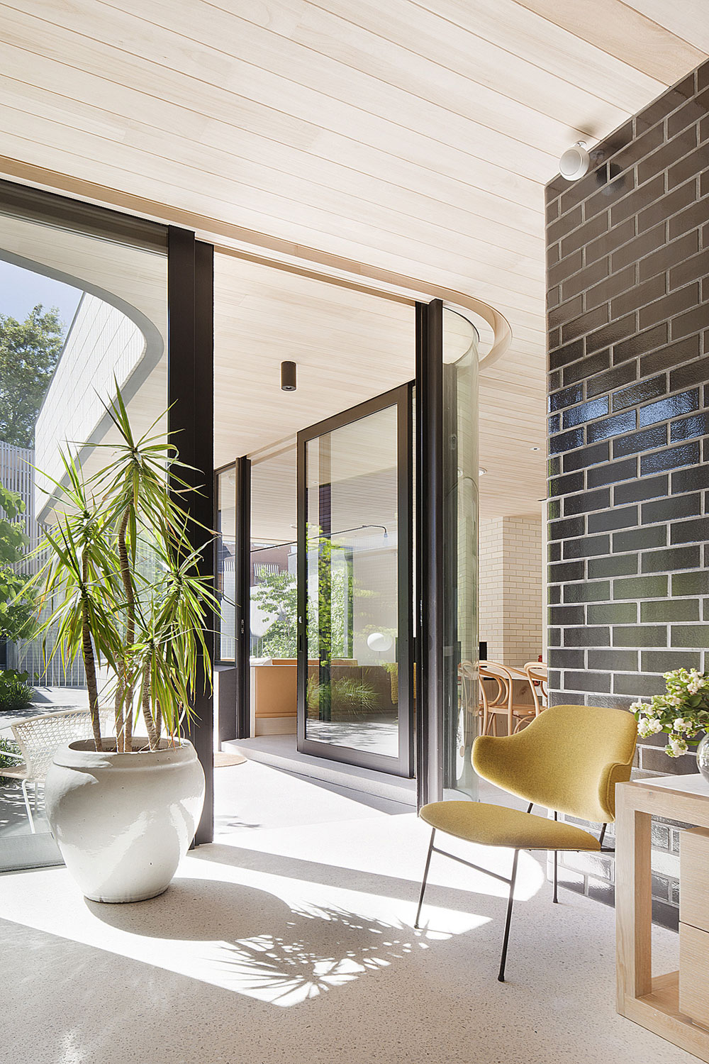 Brick House by Clare Cousins Architects-06