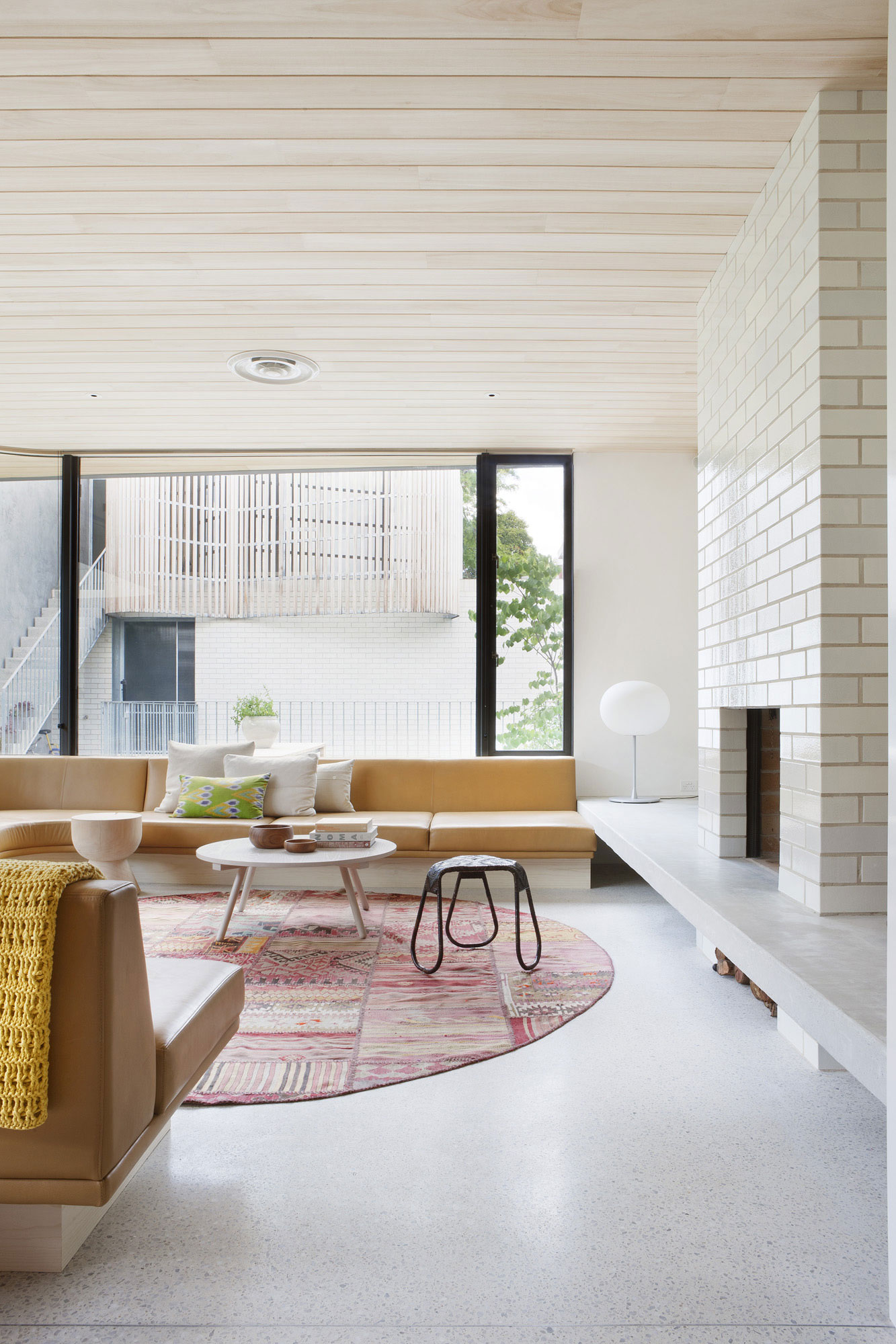 Brick House by Clare Cousins Architects-08