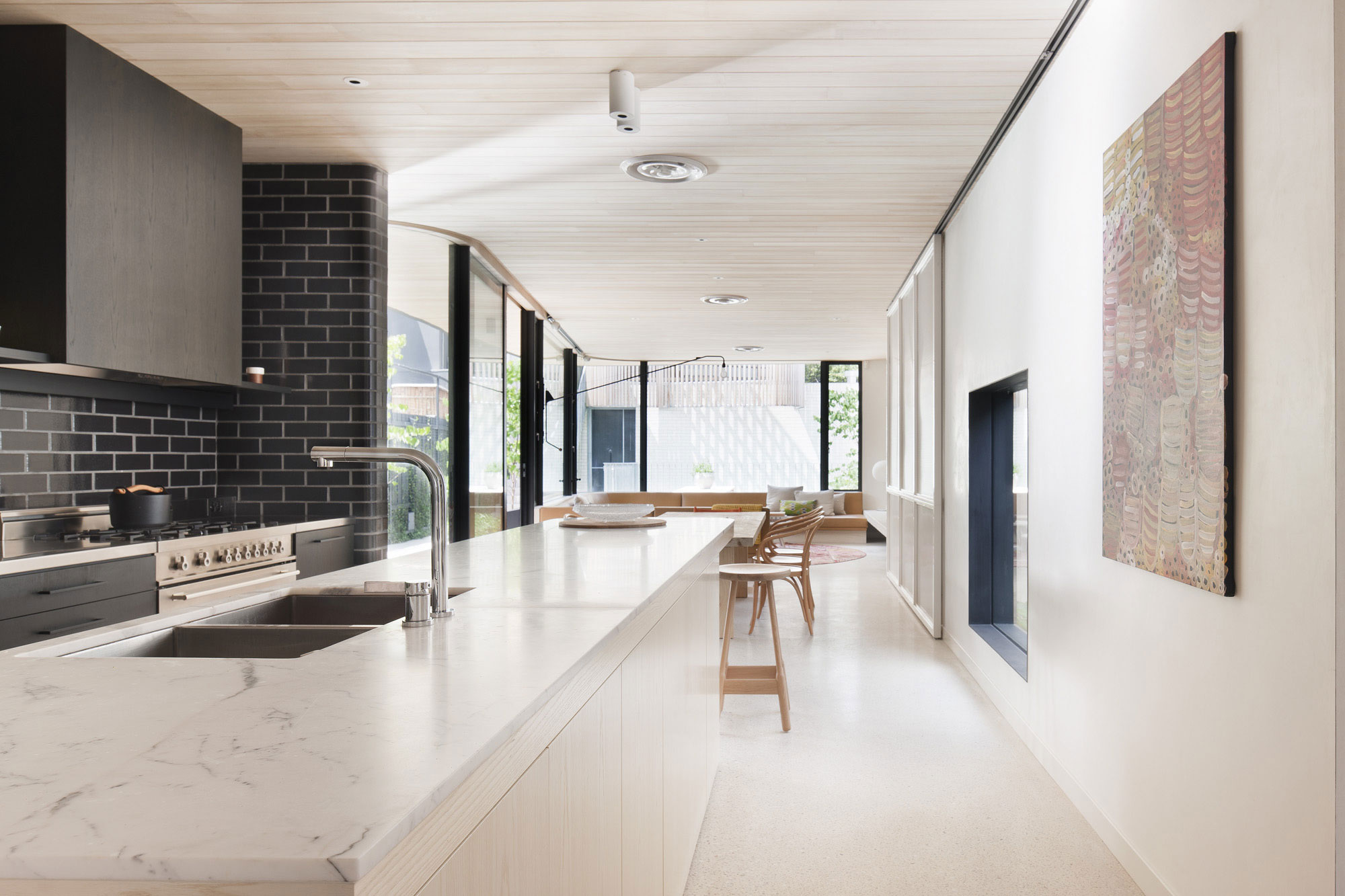 Brick House by Clare Cousins Architects-14