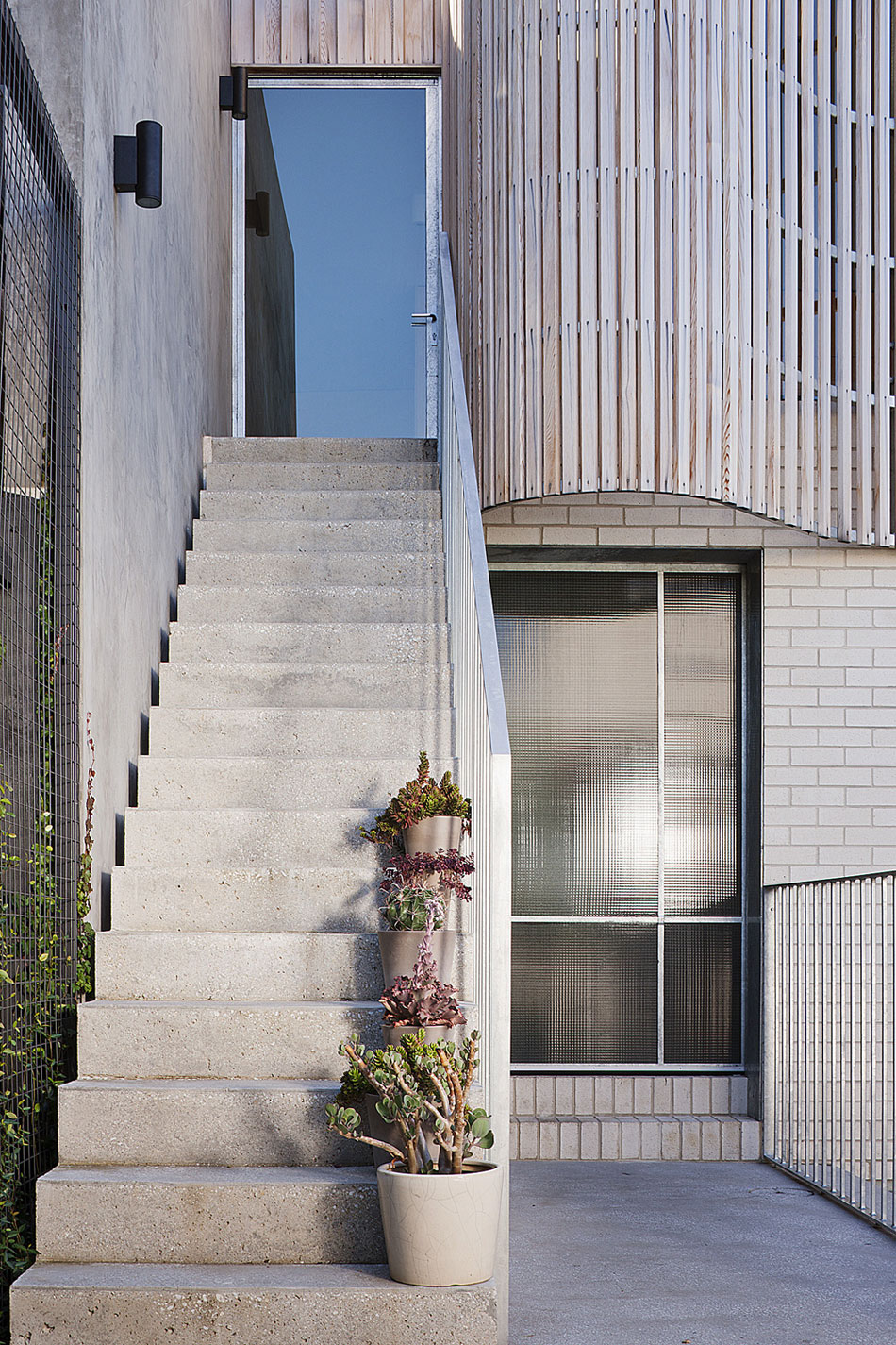 Brick House by Clare Cousins Architects-18
