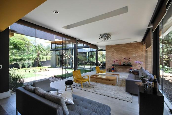 Me House by Otta Albernaz Arquitetura