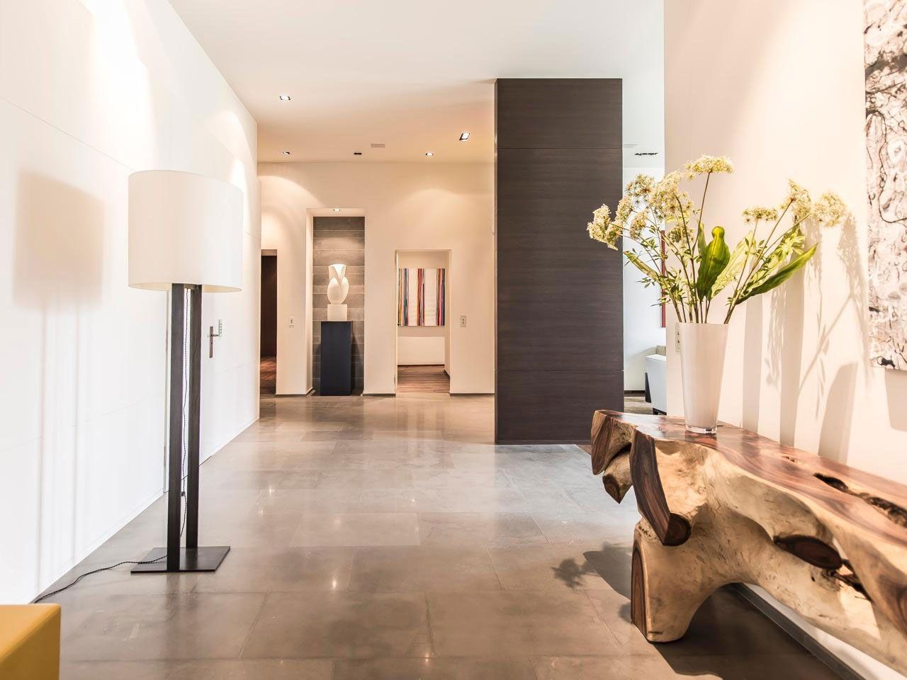 Chic Elegant Apartment in Brussels With Bright Interiors-04
