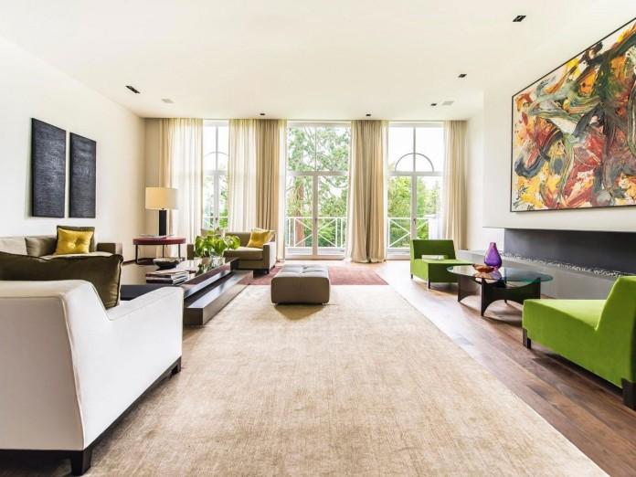 Chic Elegant Apartment in Brussels With Bright Interiors
