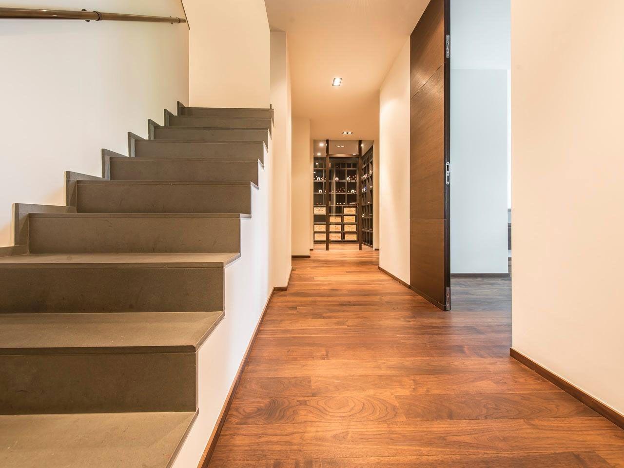 Chic Elegant Apartment in Brussels With Bright Interiors-14