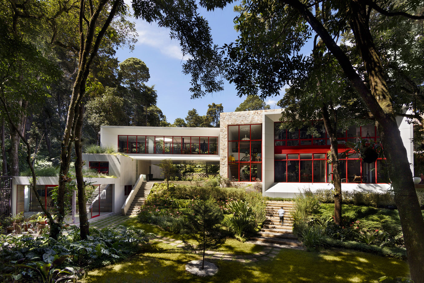 Chinkara House by Solis Colomer Arquitectos-01
