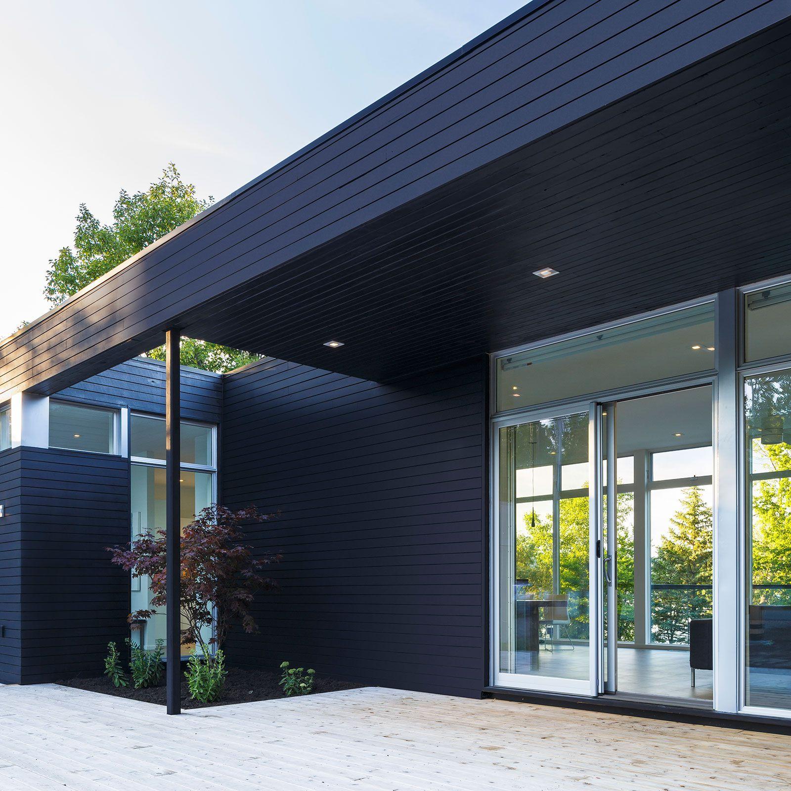Contemporary Dunrobin Shore Residence-03