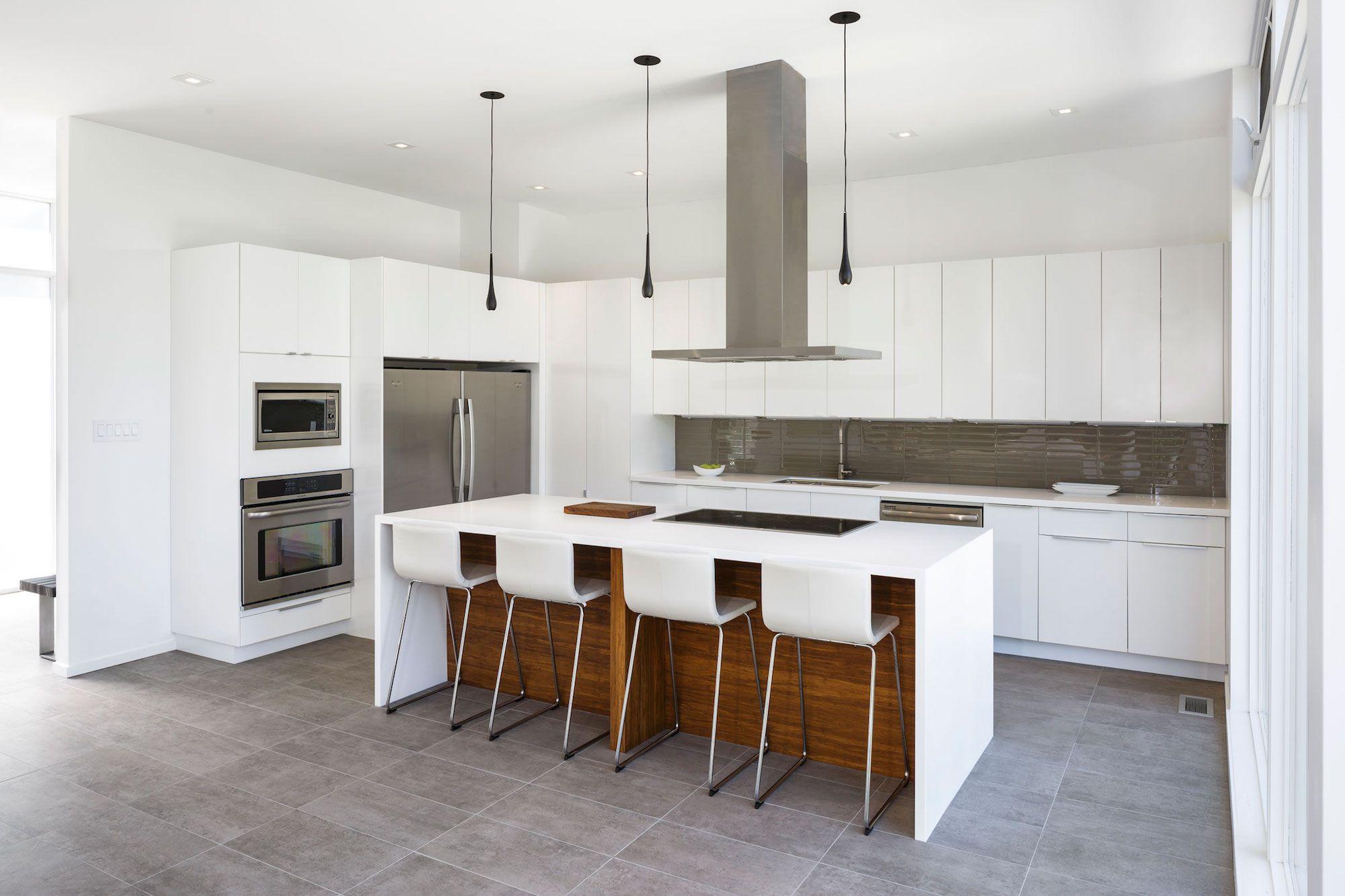 Contemporary Dunrobin Shore Residence-07