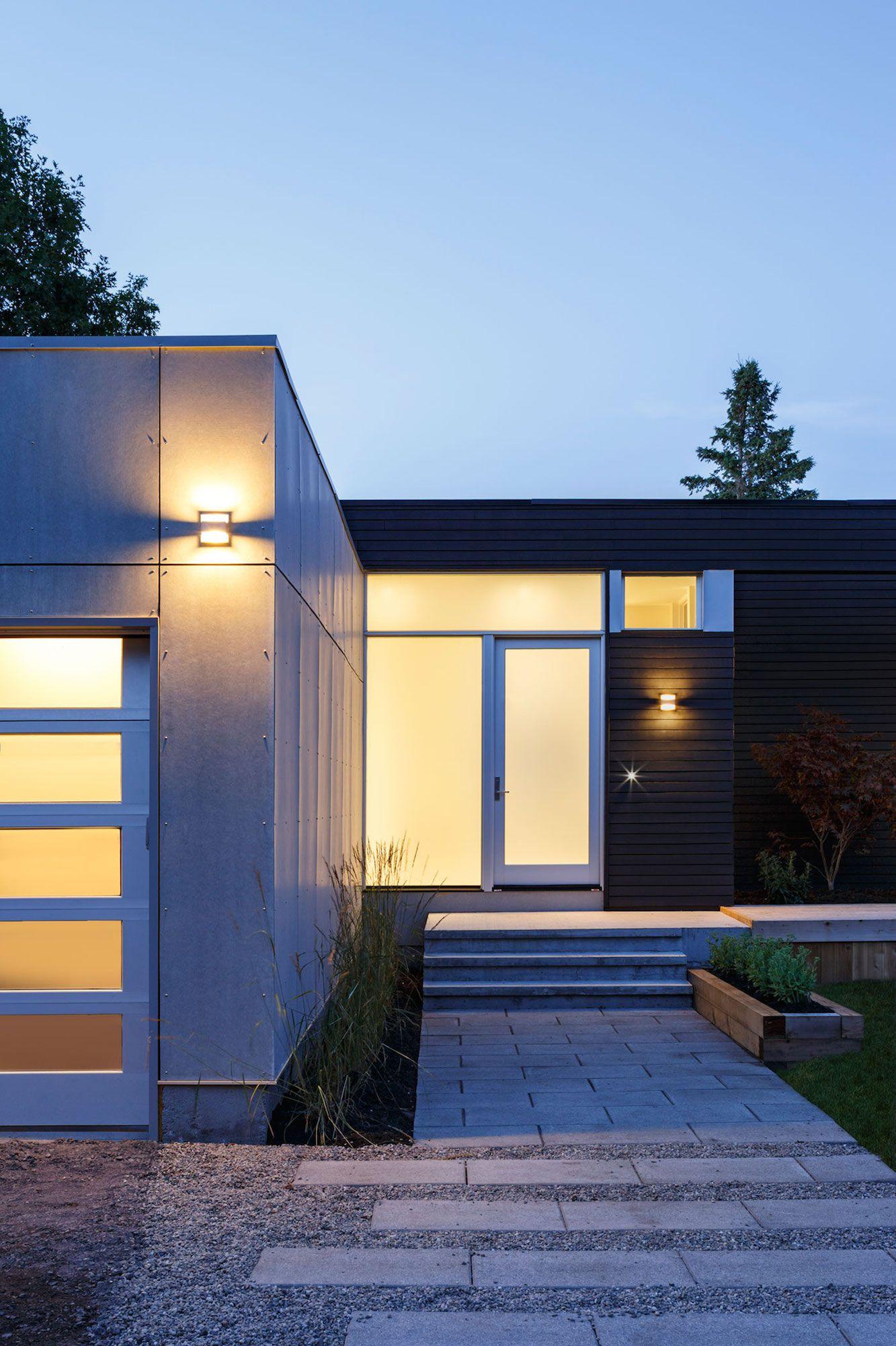 Contemporary Dunrobin Shore Residence-18