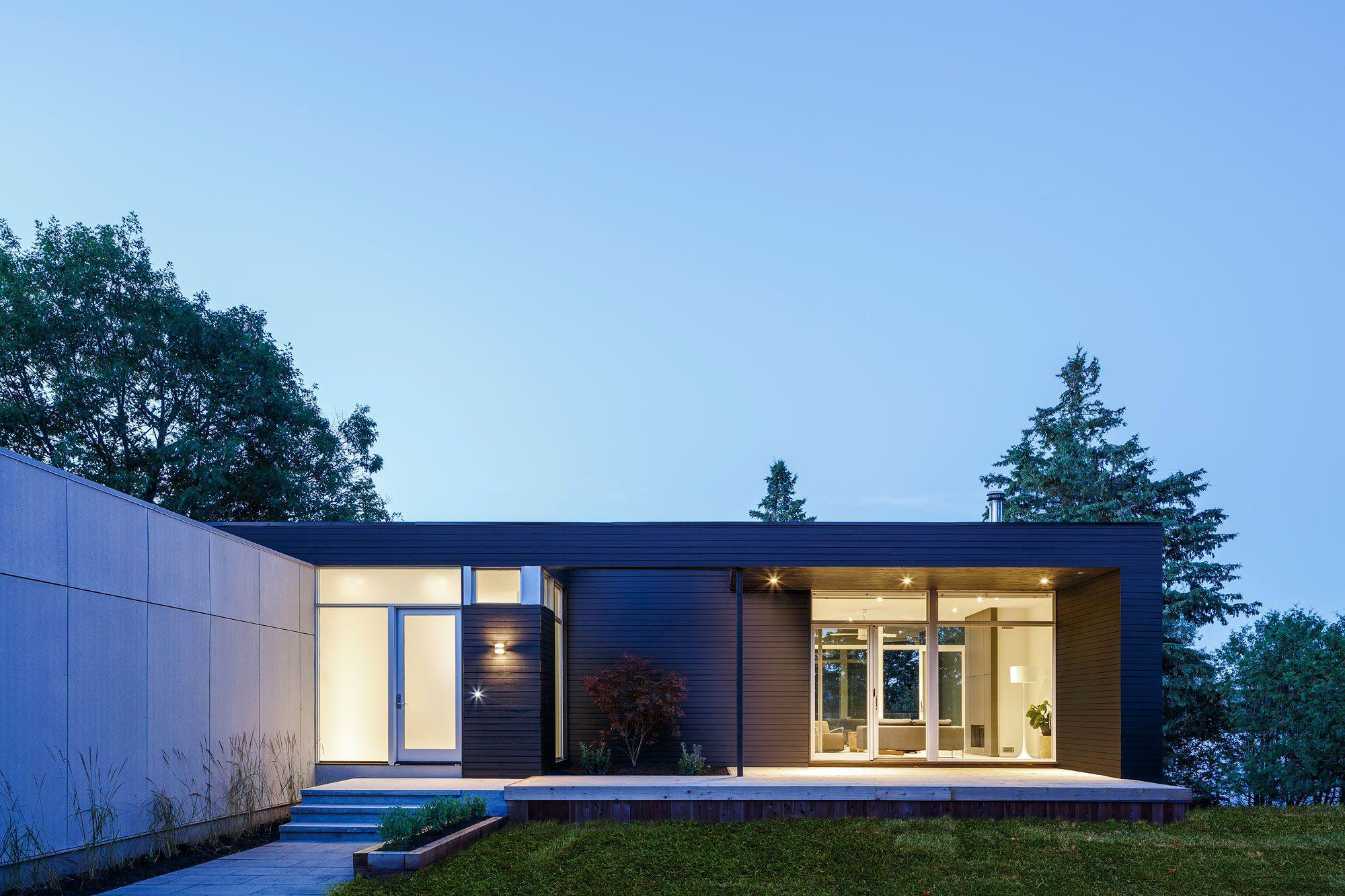Contemporary Dunrobin Shore Residence-19