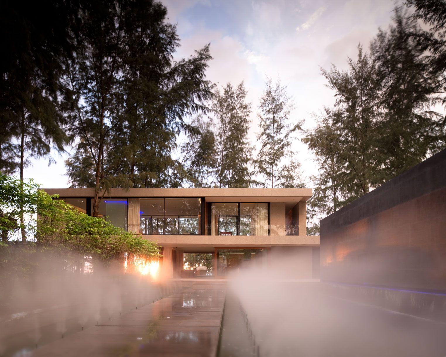 Contemporary Villa Noi-00