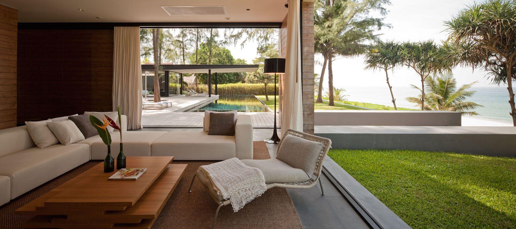 Contemporary Villa Noi-07
