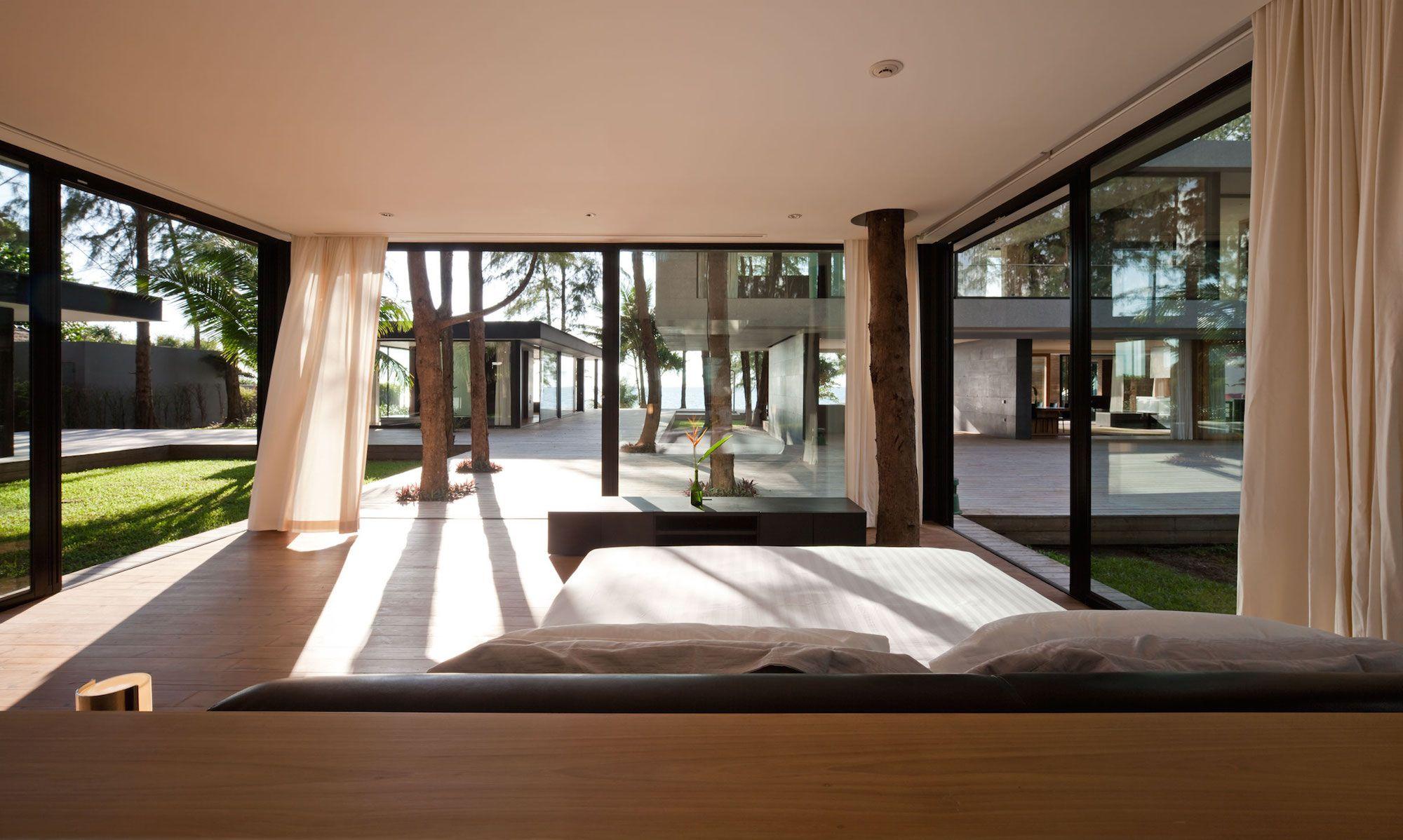 Contemporary Villa Noi-14