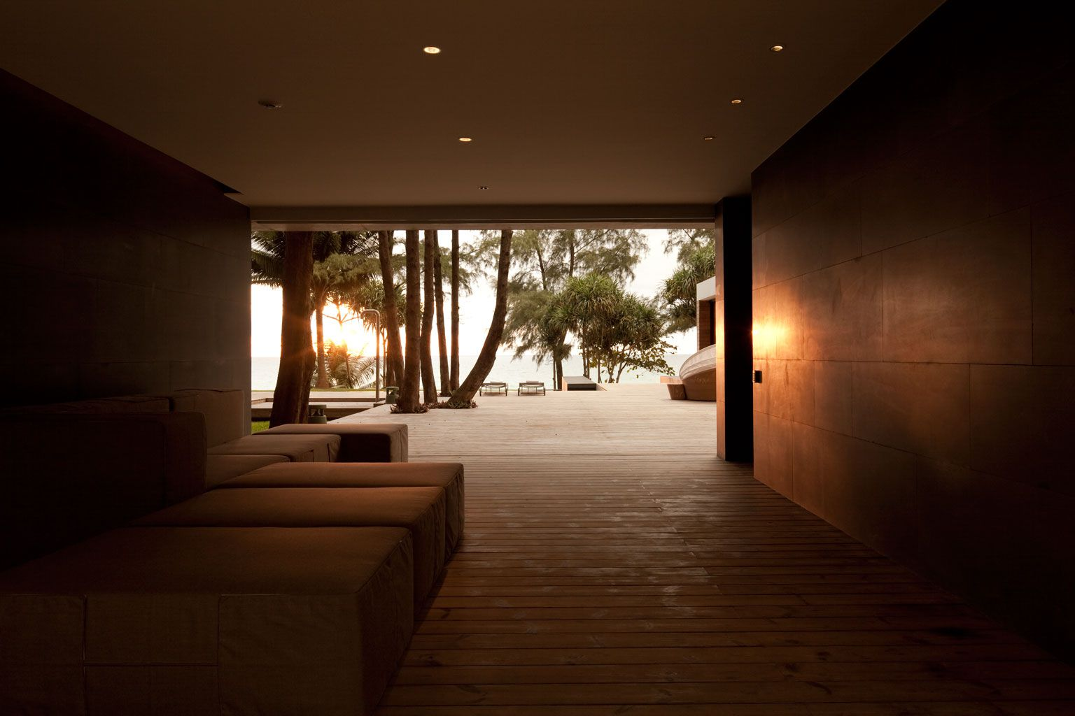 Contemporary Villa Noi-17