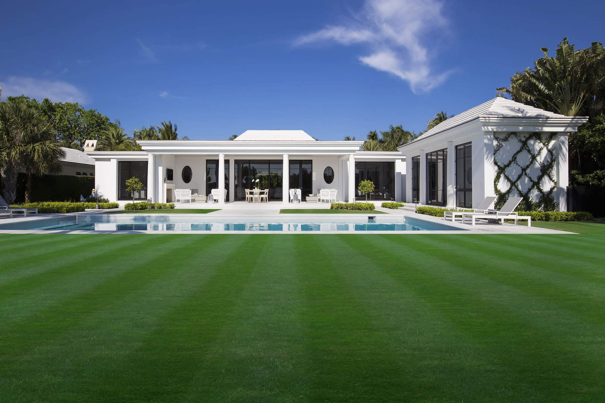 Contemporary White Estate in Palm Beach Keating Moore-02