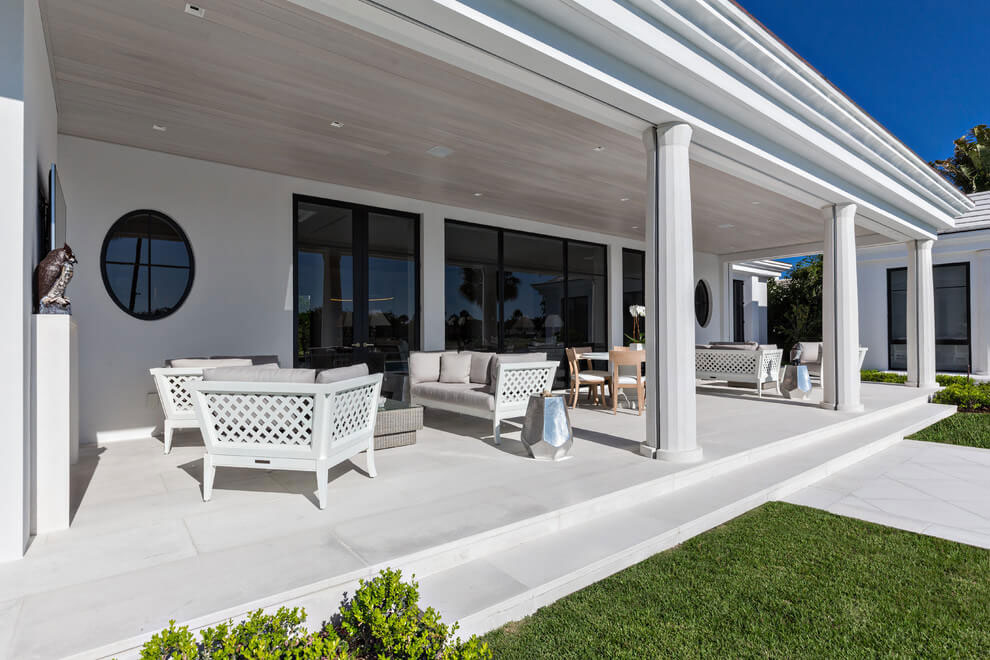 Contemporary White Estate in Palm Beach Keating Moore-07