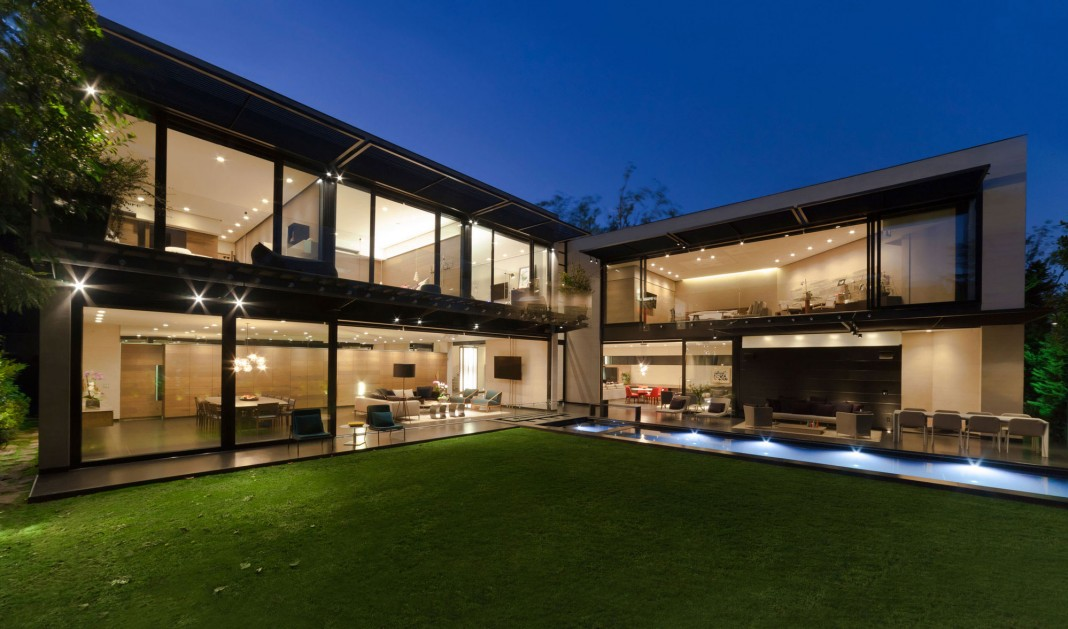 Dalias House by grupoarquitectura