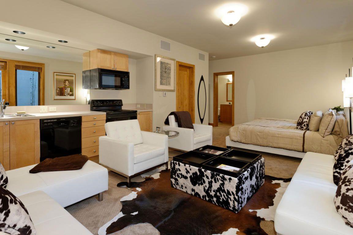 Family Residence in Aspen-35