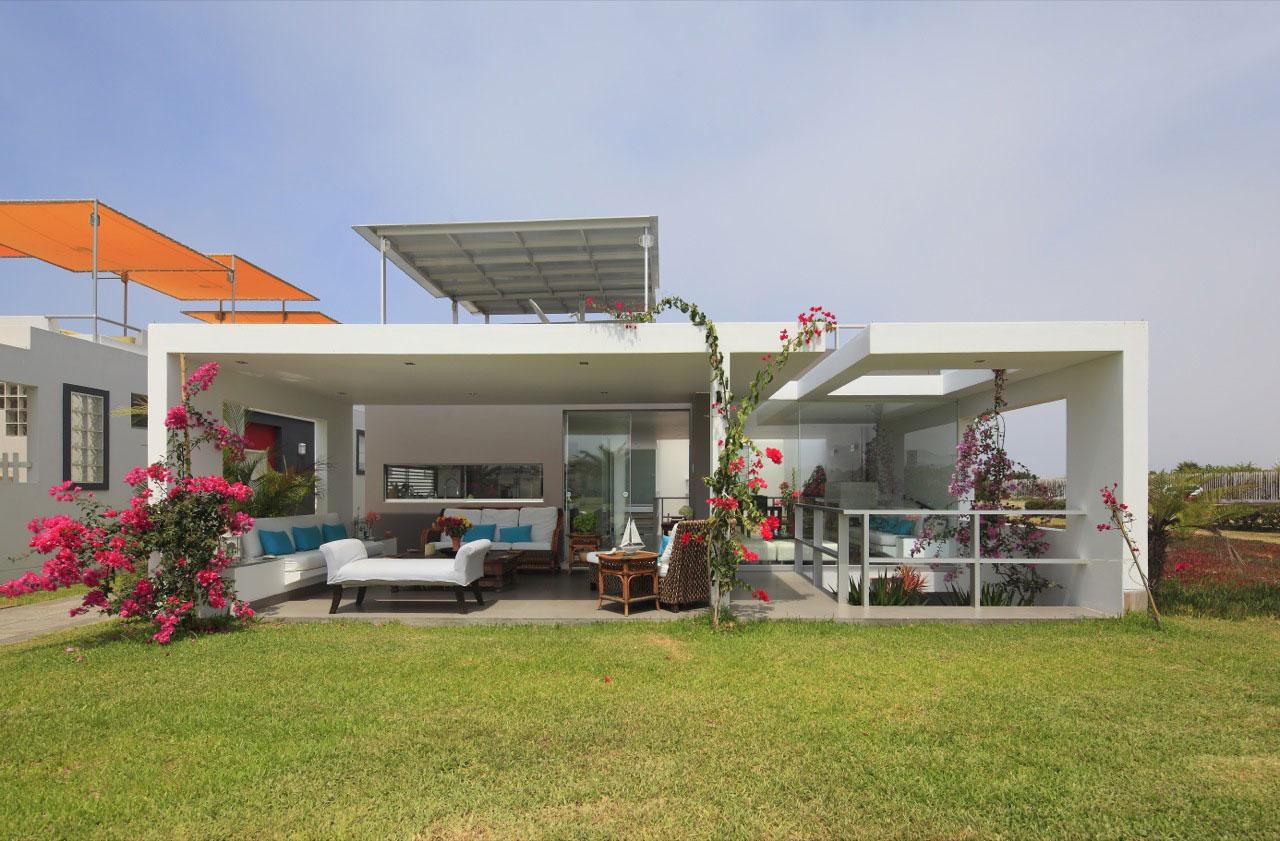 Flower House by Gómez de la Torre & Guerrero Arquitectos-02