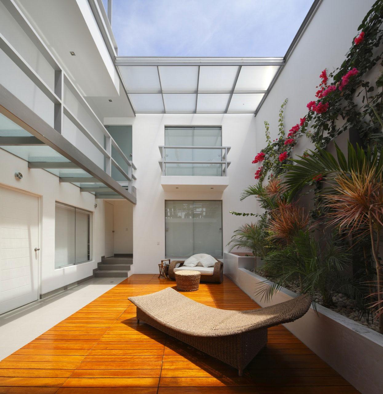 Flower House by Gómez de la Torre & Guerrero Arquitectos-06
