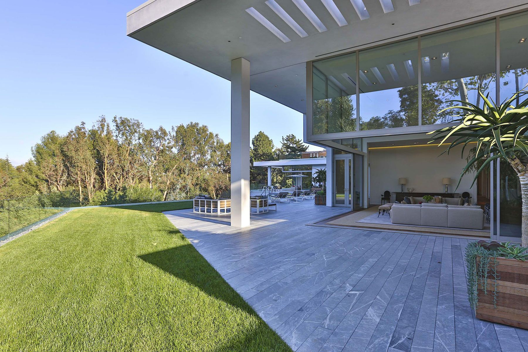 Holmby Hills Residence-88