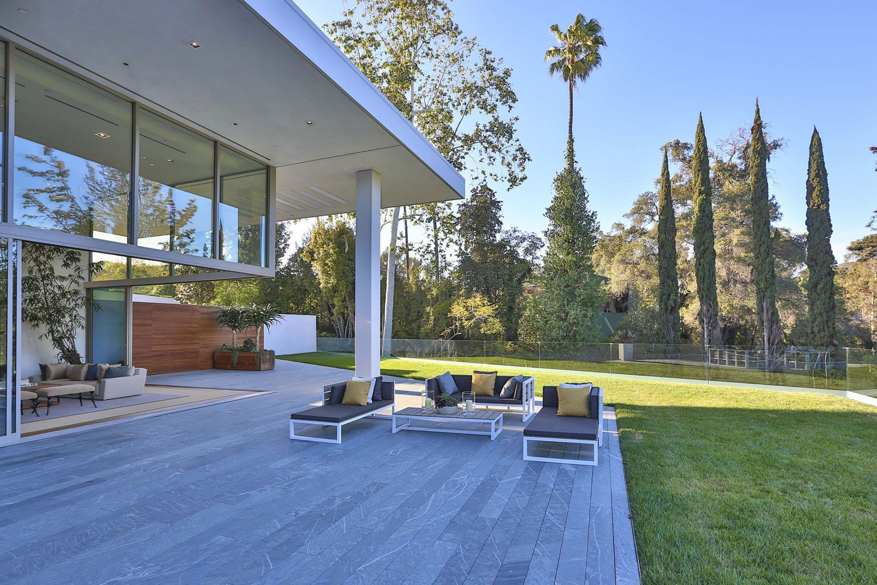 Holmby Hills Residence-90