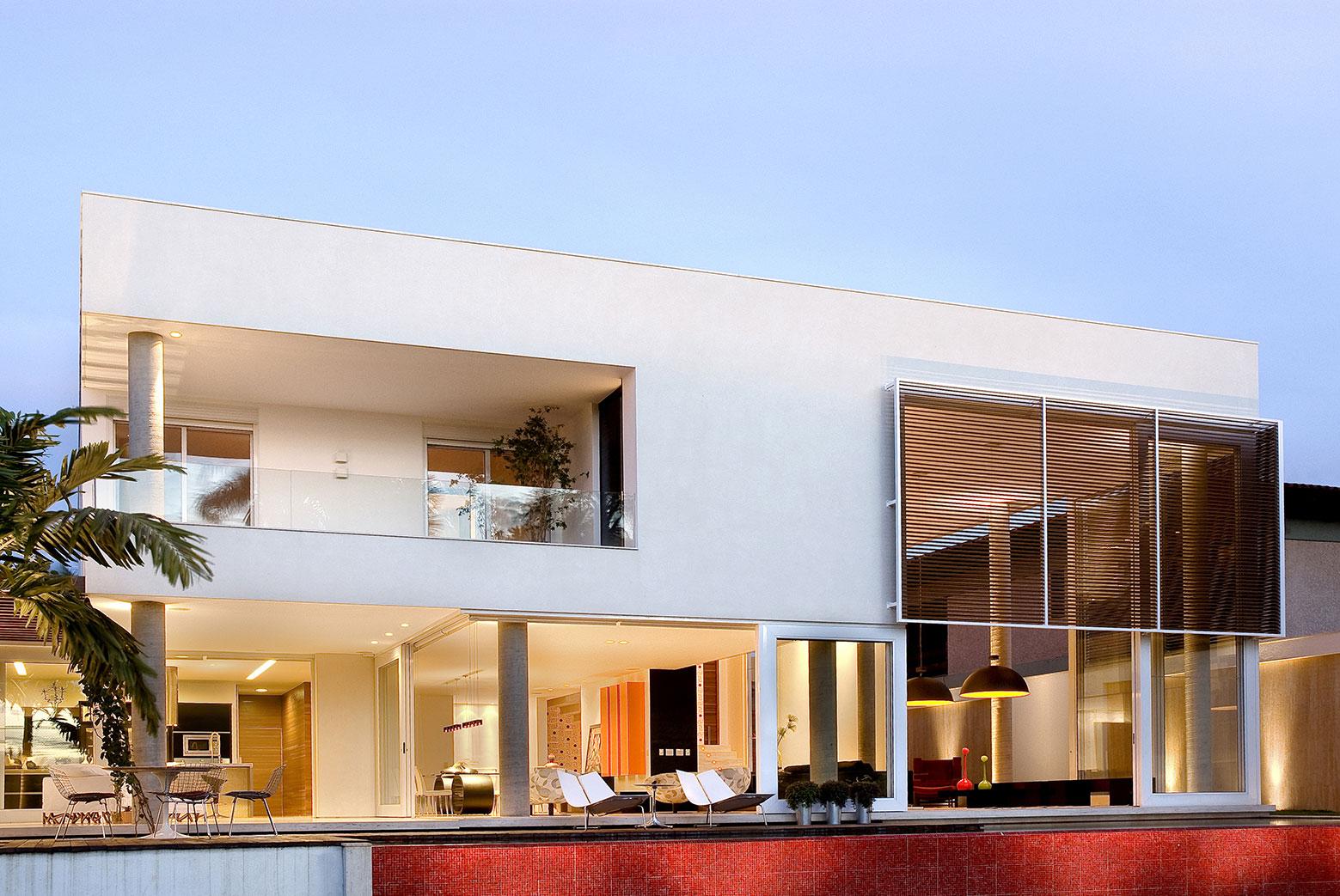 Home-in-Brasilia-04
