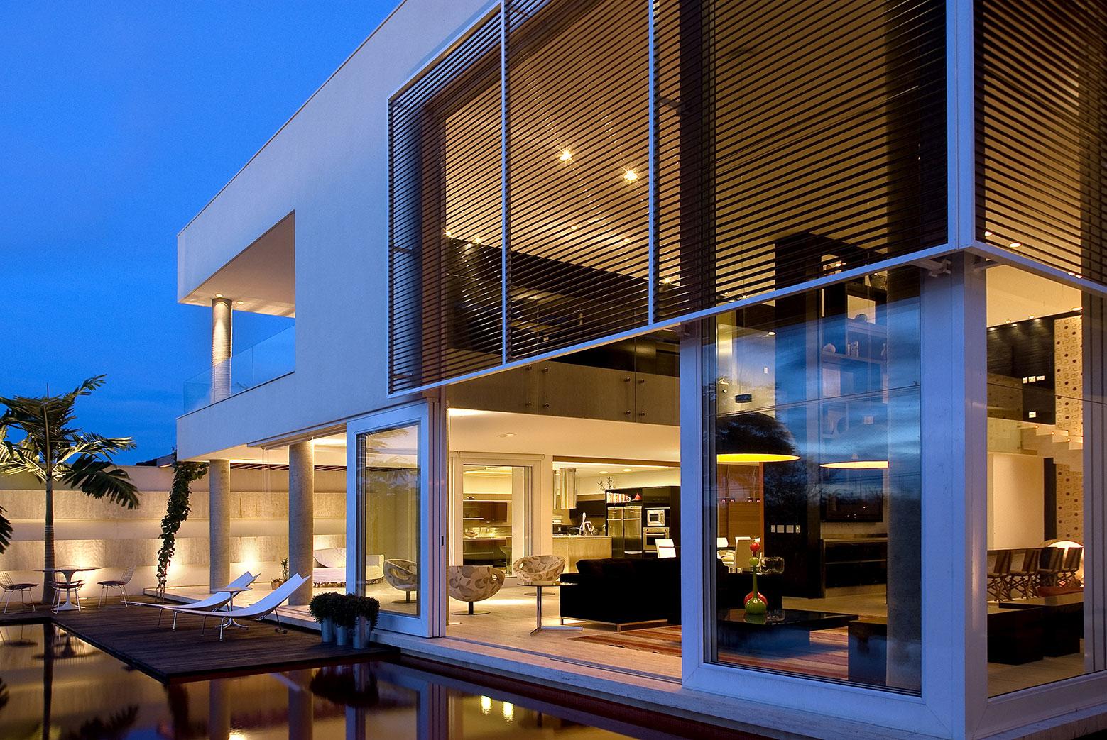 Home-in-Brasilia-07