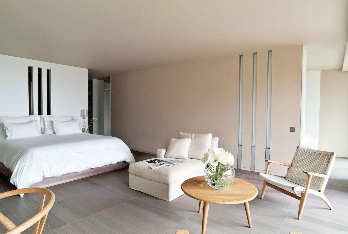 Hotel-La-Reserve-26