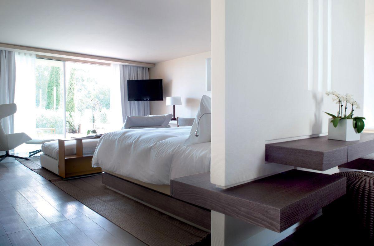 Hotel-La-Reserve-28