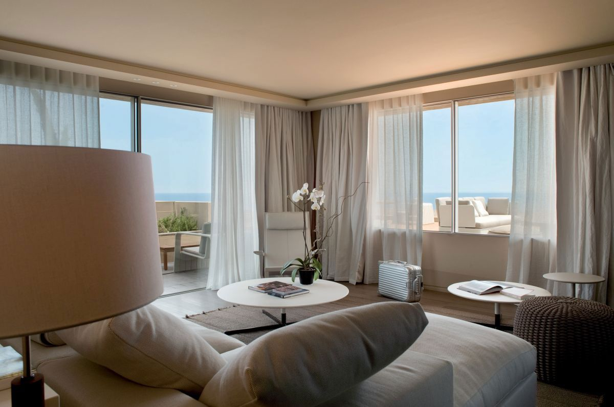 Hotel-La-Reserve-29