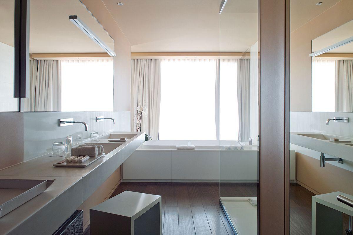 Hotel-La-Reserve-41