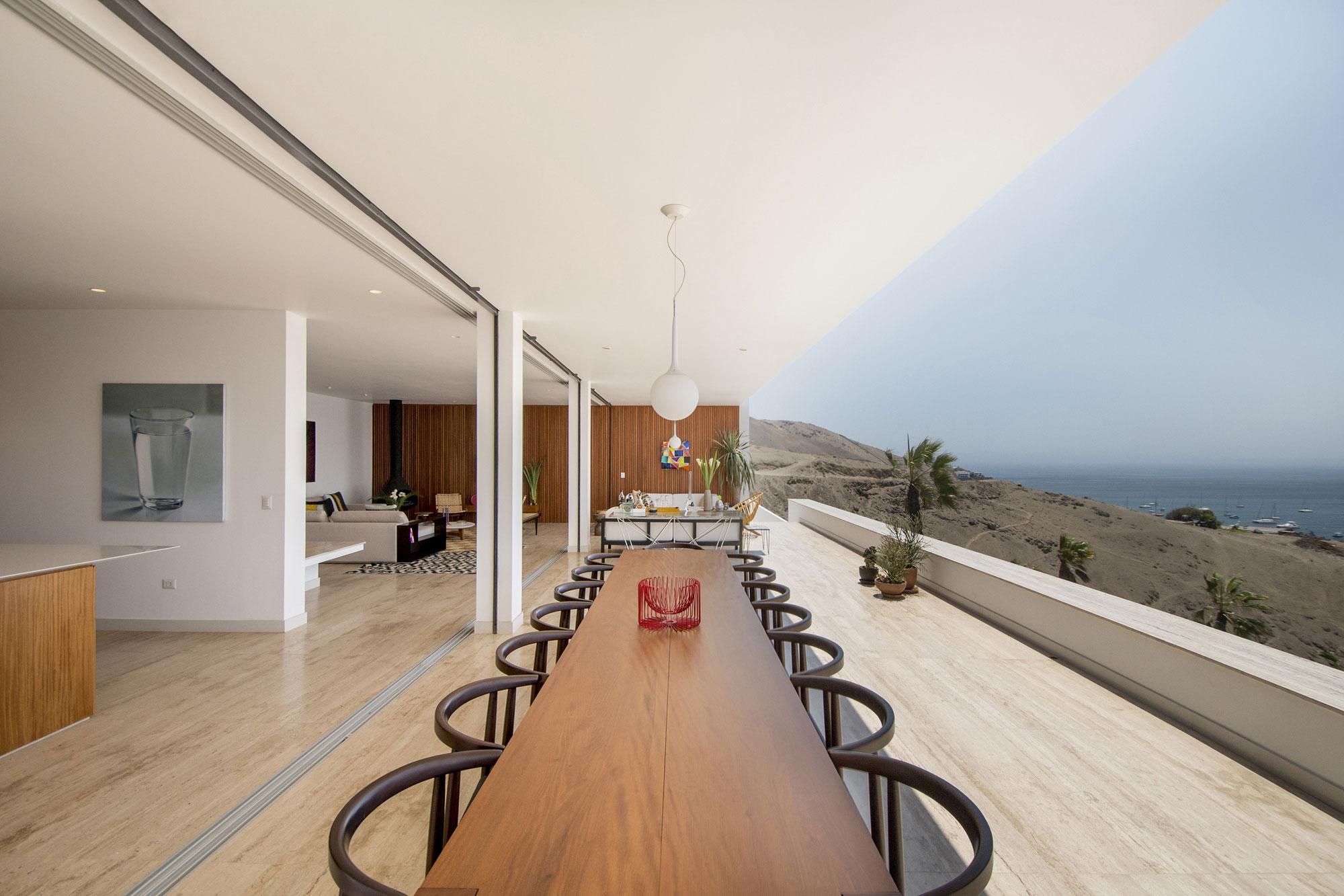 House in Ancón by Adrián Noboa Arquitecto-08