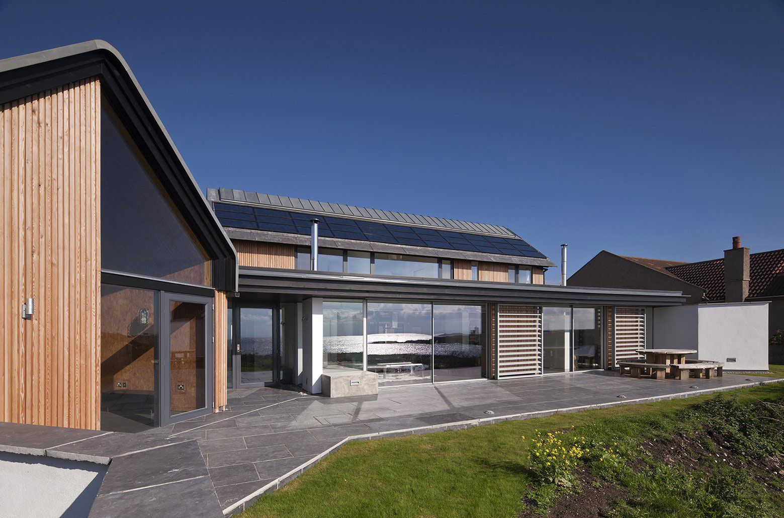 House-in-Elie-02