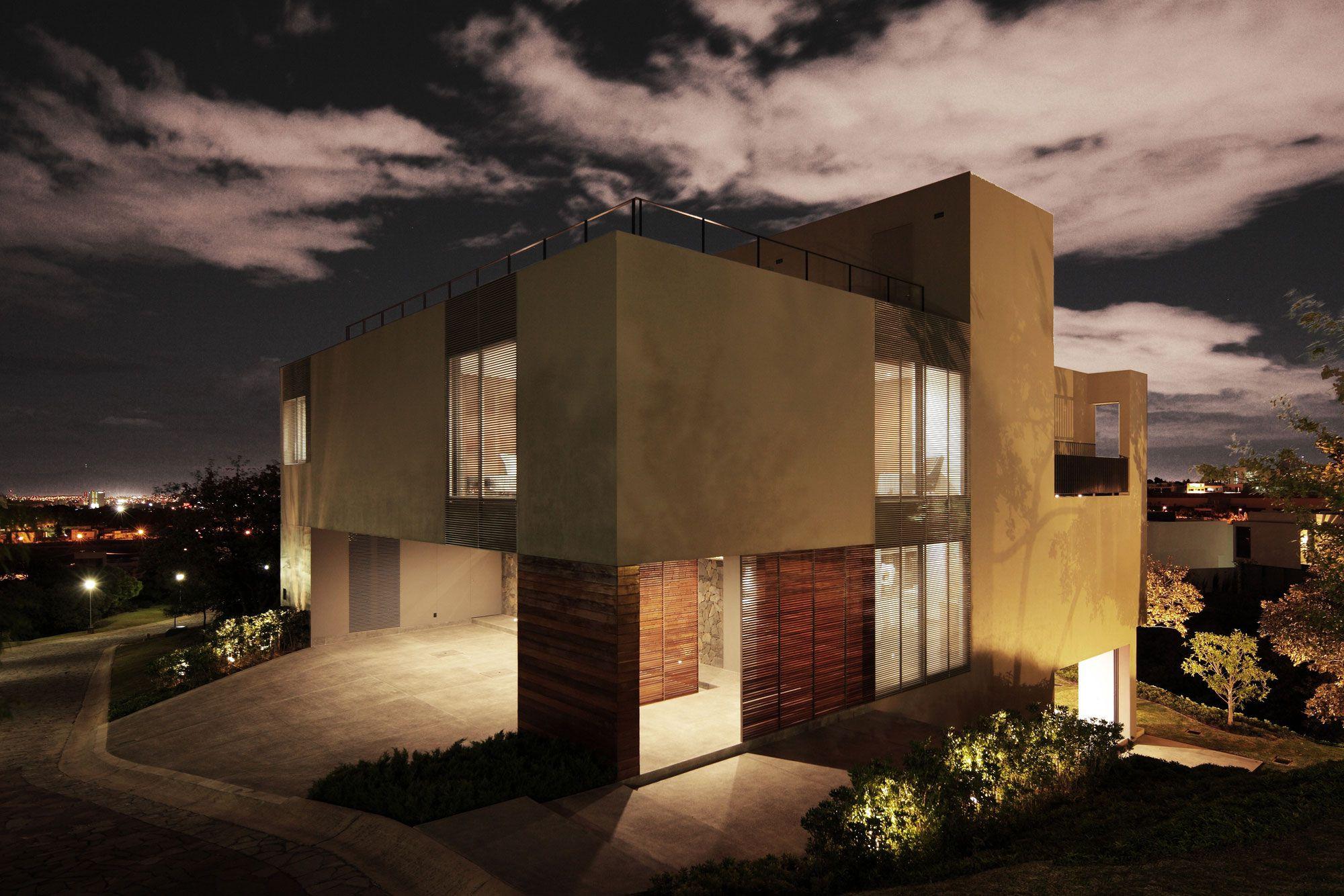 IC-House-20