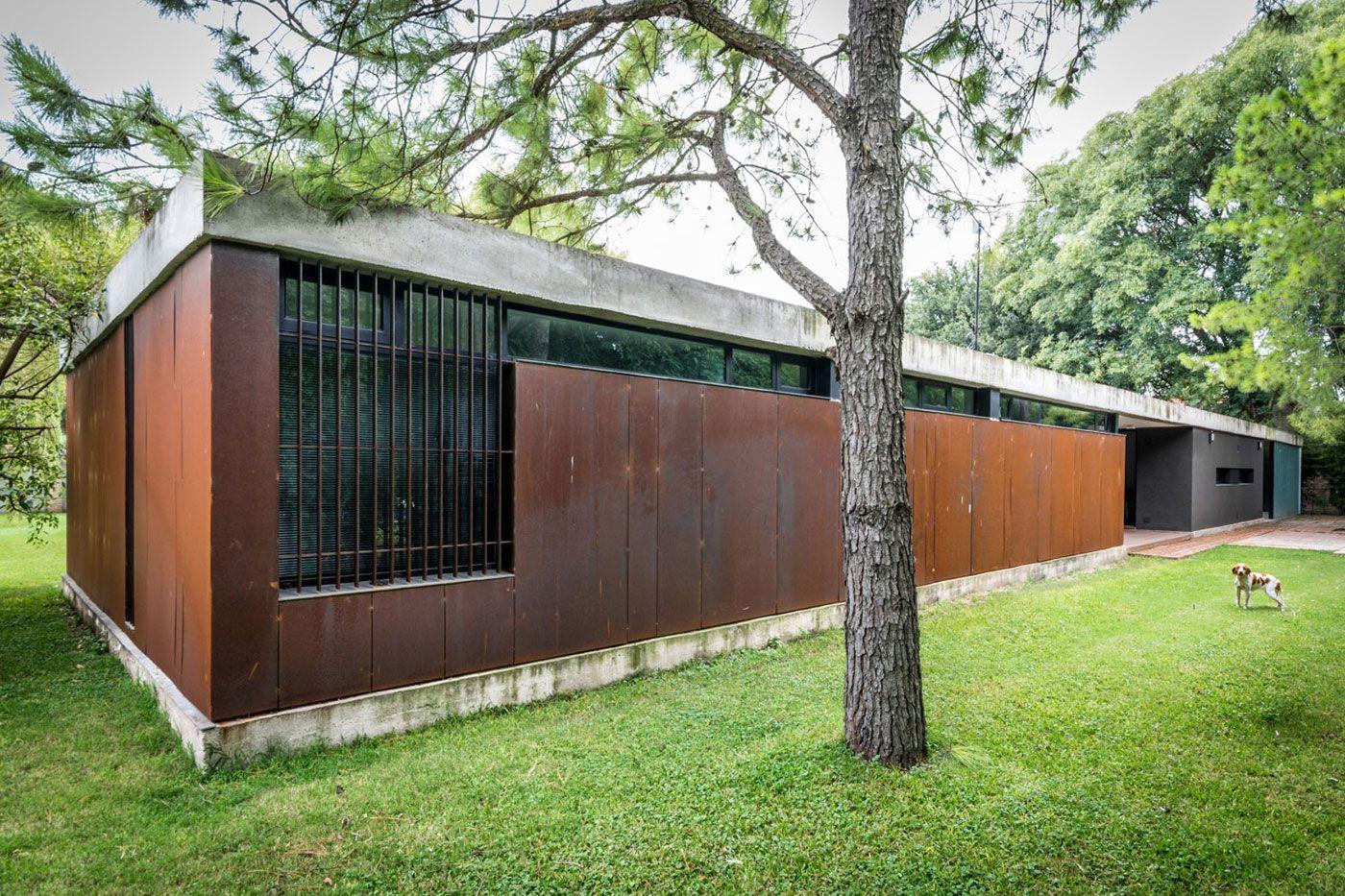 Linear-House-04