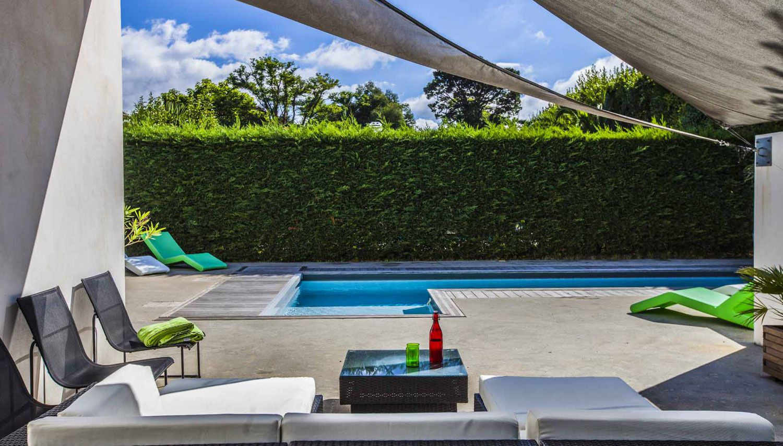 Luxury Villa Pop Art in Anglet-04