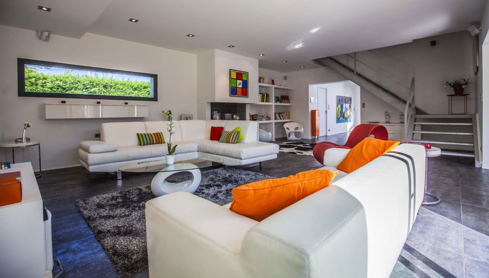 Luxury Villa Pop Art in Anglet-10