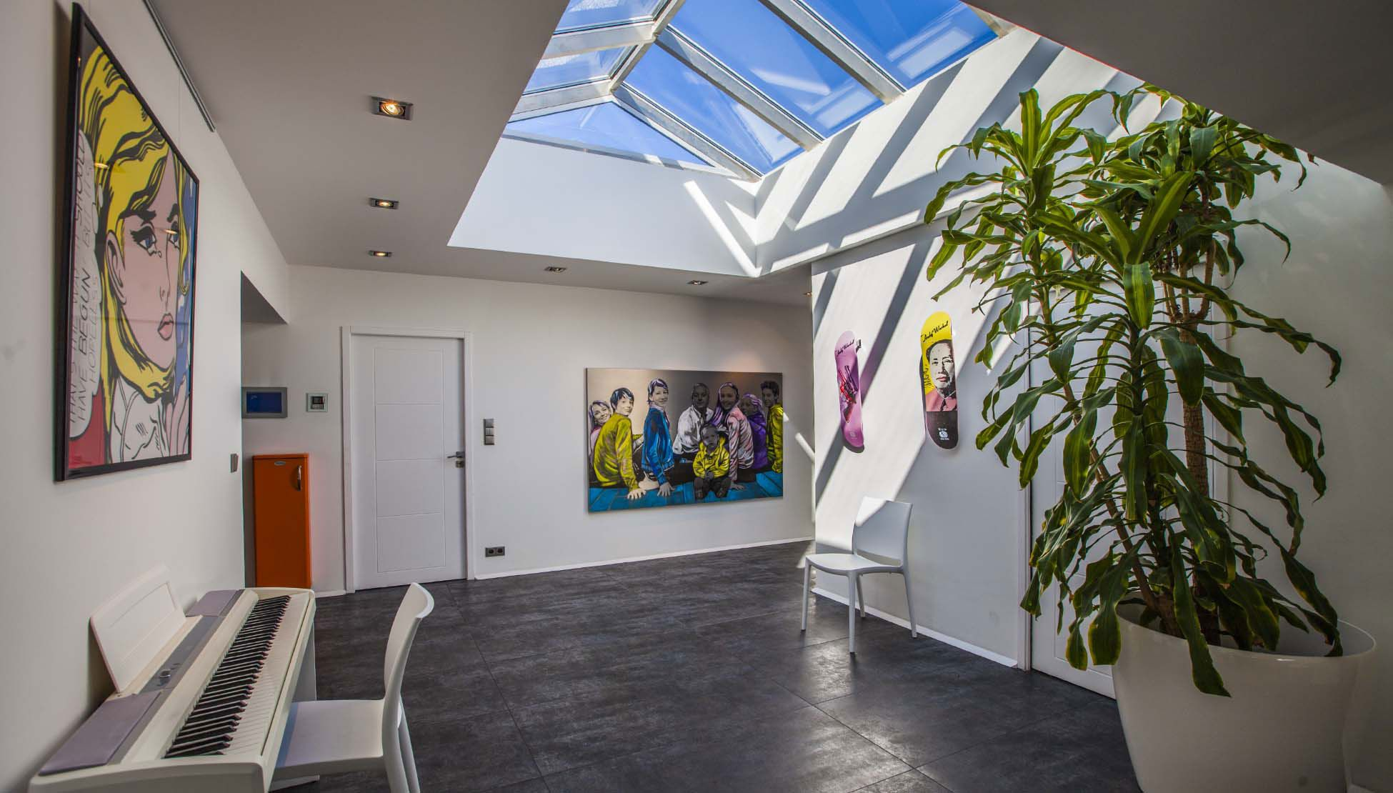 Luxury Villa Pop Art in Anglet-20