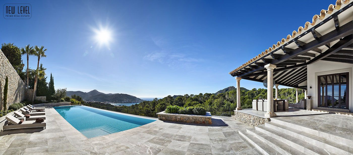 Luxury Villa With Fantastic Views Over the Hills of Mallorca-03