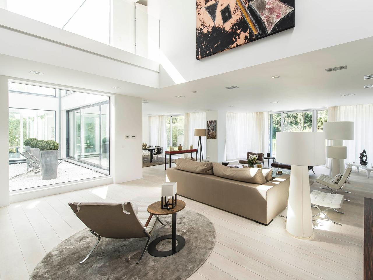 Magnificent Property in Uccle-Belgium-04