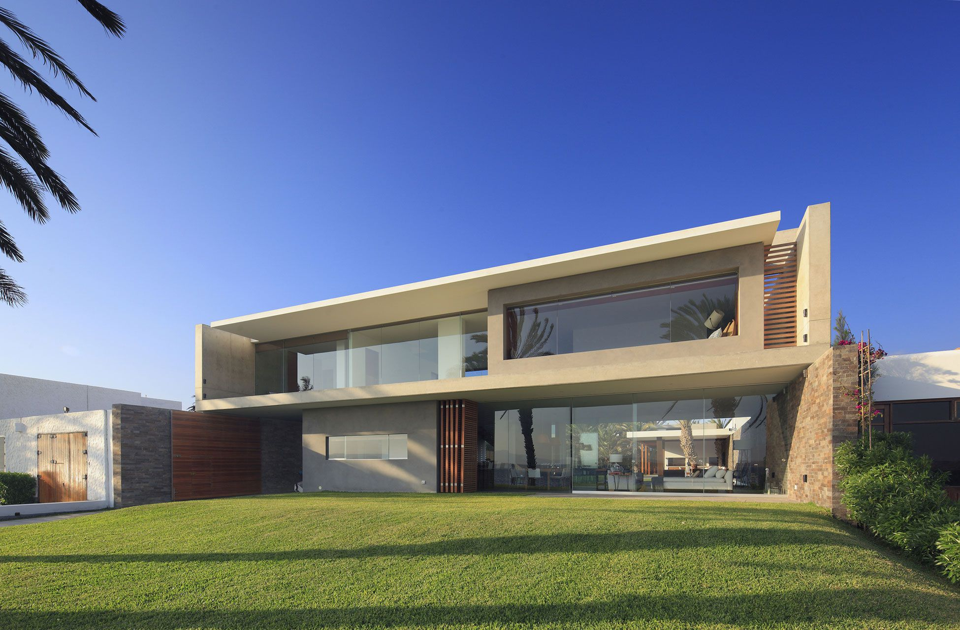 Mar de Luz House by Oscar Gonzalez Moix-01